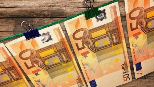money-606760_1920
