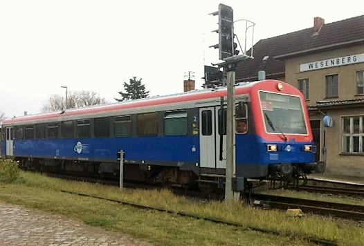 Will die Kleinseenbahn eine Zukunft haben, müssen auch ihre Bahnhöfe attraktiver werden.