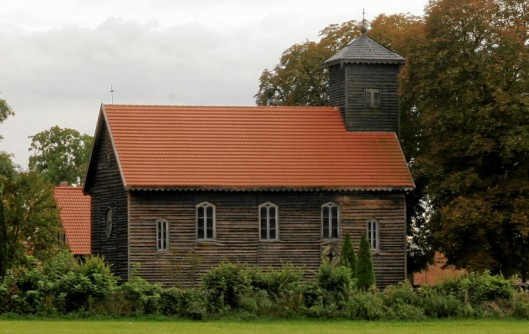 Kirche (2)
