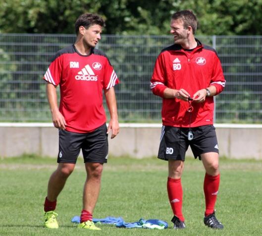 Rainer Müller (links) und Benjamin Duray probieren in der Vorbereitungsphase auf die neue Saison viel aus. Foto: Matthias Schütt