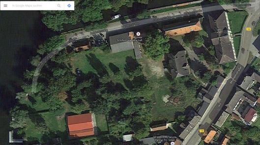 "Die Immobilie ""Unteres Schloss"" grenzt an den Stadtpark, wie hier bei Google Maps zu sehen ist."