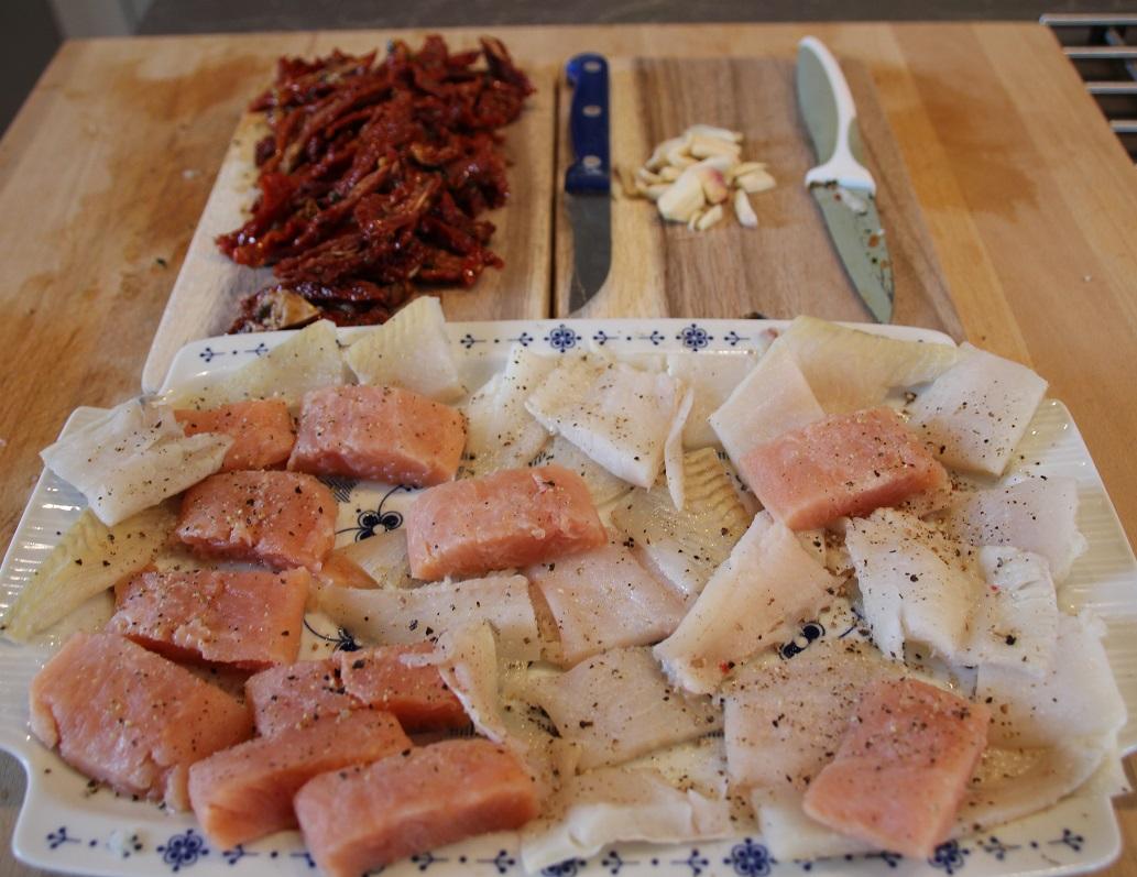 getrocknete tomaten lassen sich mit fisch und pasta noch aufwerten strelitzius blog. Black Bedroom Furniture Sets. Home Design Ideas