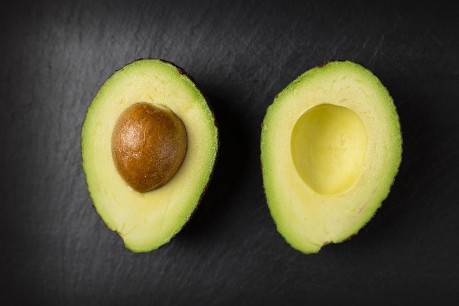 avocado kann im nudelbett so richtig auftrumpfen strelitzius blog. Black Bedroom Furniture Sets. Home Design Ideas