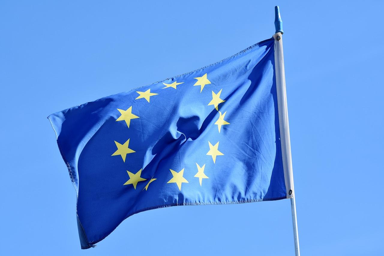 flag-3370970_1280