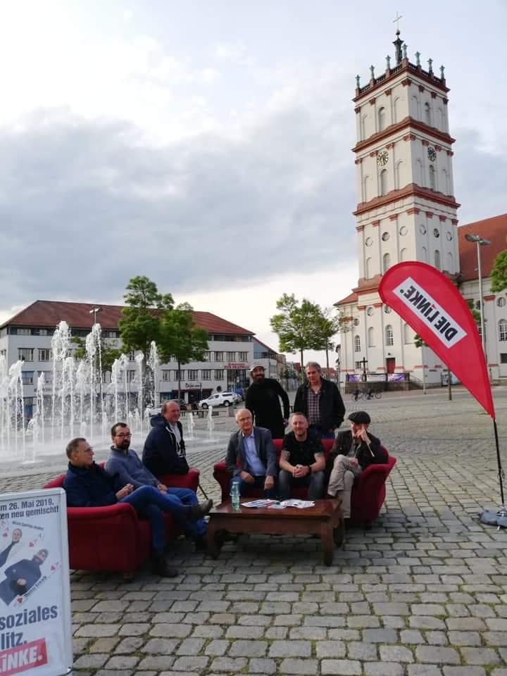 Neustrelitzer Linke Wollen Auch Nach Der Wahl Auf Das Rote Sofa
